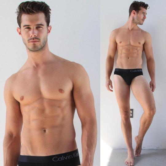 Hombres fitness del gimnasio y la vida - Fitness Model