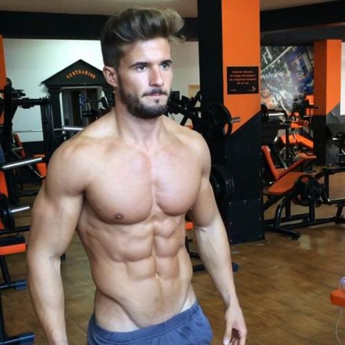 Hombres fitness del gimnasio y la vida - Abs #gymspiration