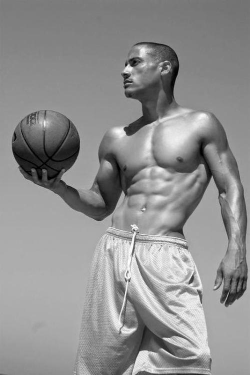 Hombres fitness del gimnasio y la vida - Basquetbol