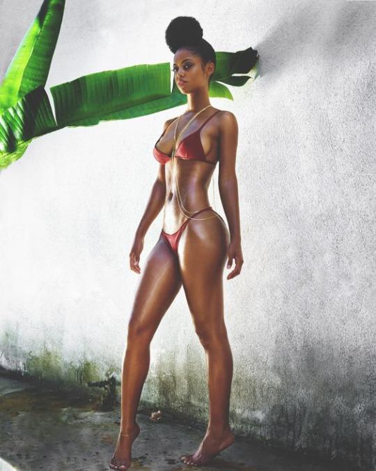 Fotos Random para cerrar una semana increíble - Bikinis