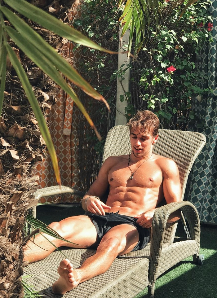 Obtén el mejor abdomen para 2017 como los hombres fit - Abs