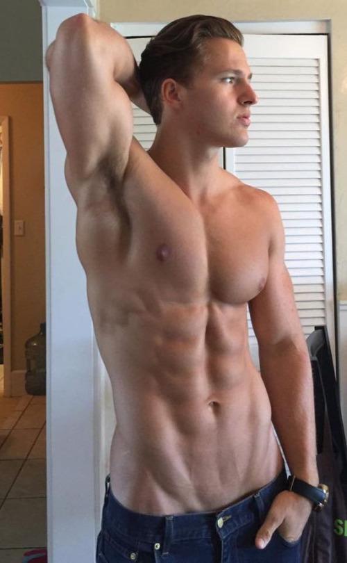Motivación e inspiración para el ejercicio con los chicos fit - Abdomen