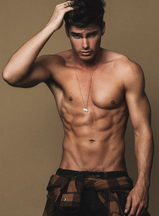 Hombres del gimnasio más fuertes y más marcados - Abdomen