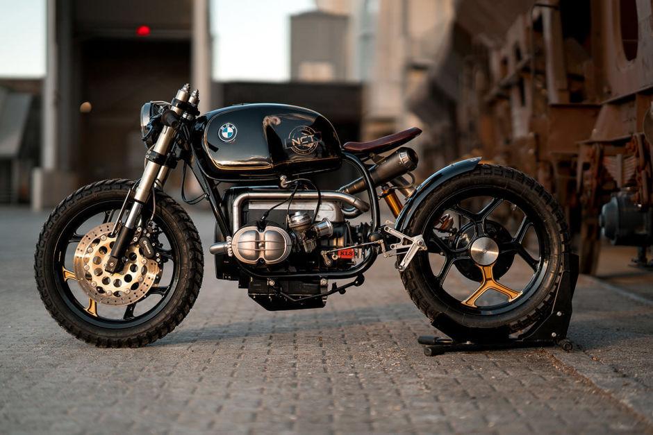 Motocicleta BMW R100RT customizada y lista para dominar el mundo