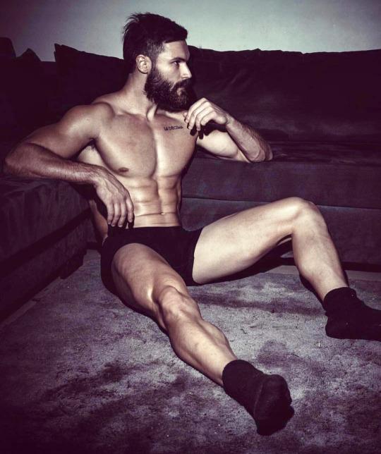 Las mejores fotos de los hombres fitness para empezar el año - Abdomen