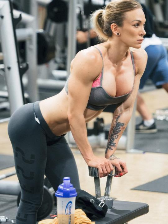 Inspiración pura para el gimnasio - Pesas Mujeres