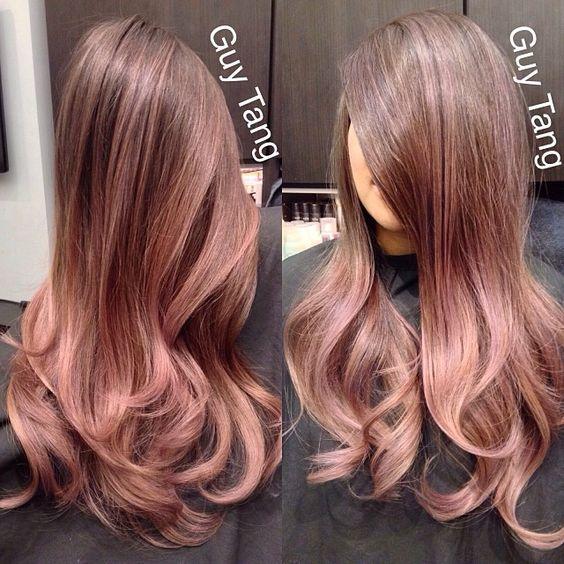 Color de pelo rosa champagne
