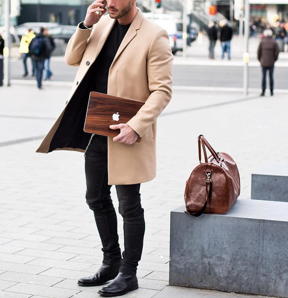 El primer random post del año quedó muy sexy - Moda Hombre