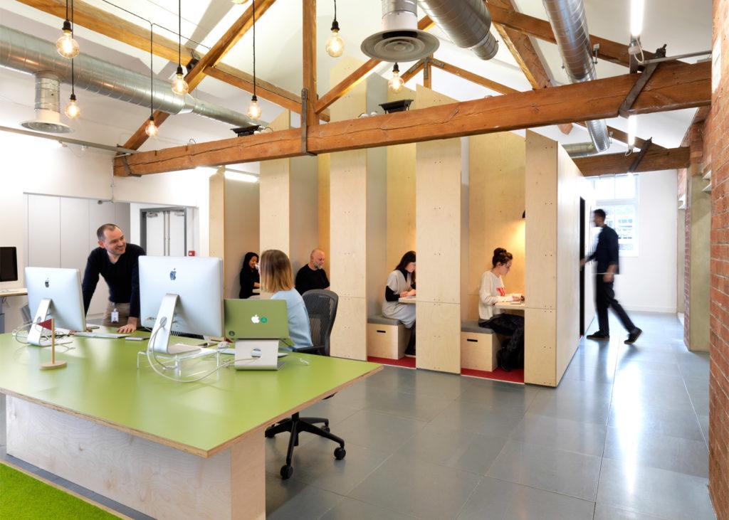 Oficinas Airbnb de Londres un ejemplo único del diseño de interiores #75