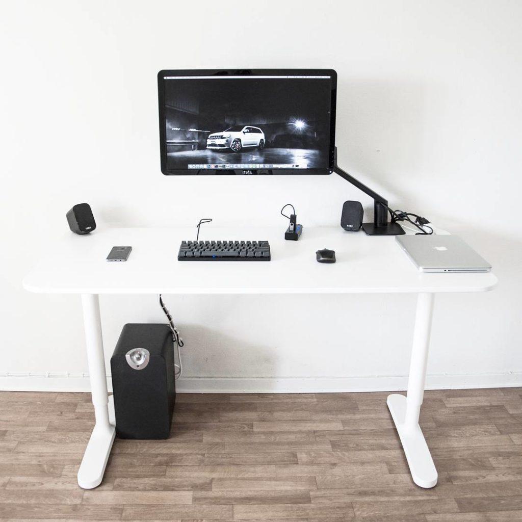 Ideas de escritorios para tu oficina en casa 76 dise o for Escritorios para oficina en casa