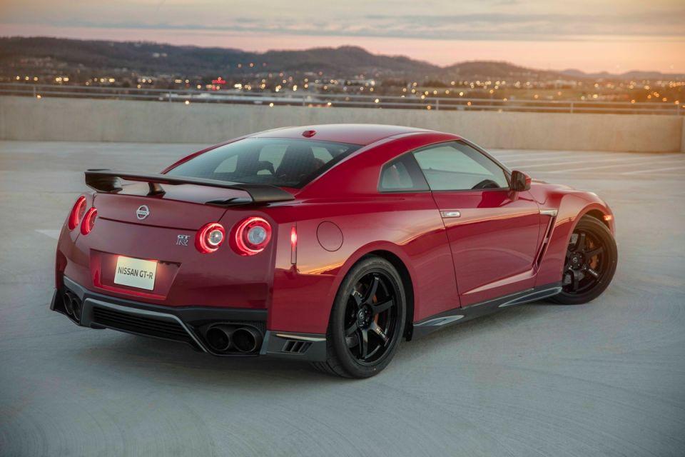 El nuevo y aún más poderoso Nissan GT-R Track Edition 2017