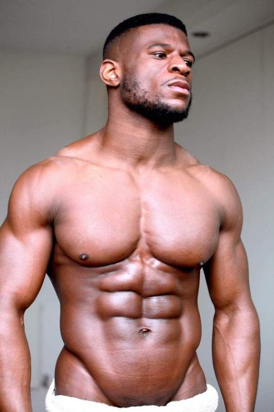 Los hombres que si van al gimnasio se ven así