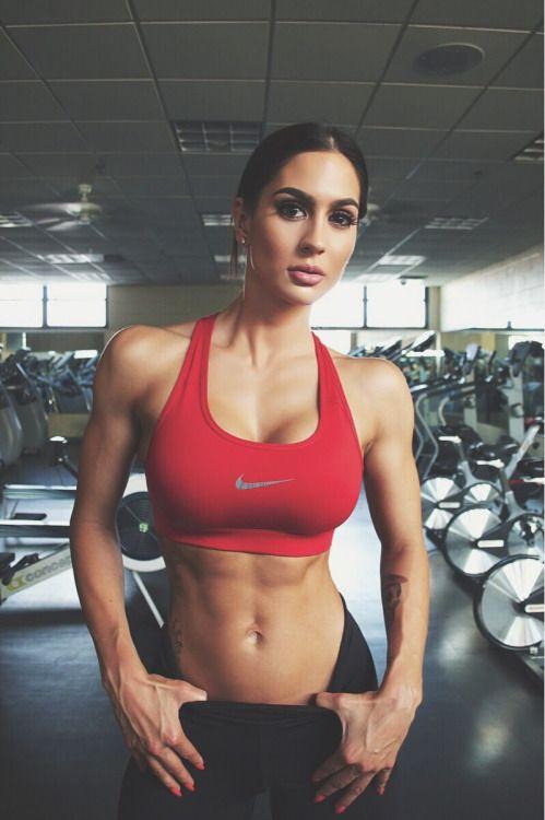 Regresamos con las chicas del gimnasio y sus cuerpos perfectos