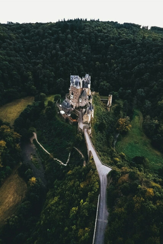 Viajes, mundo y castillos
