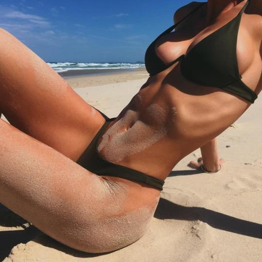 Bikini negro