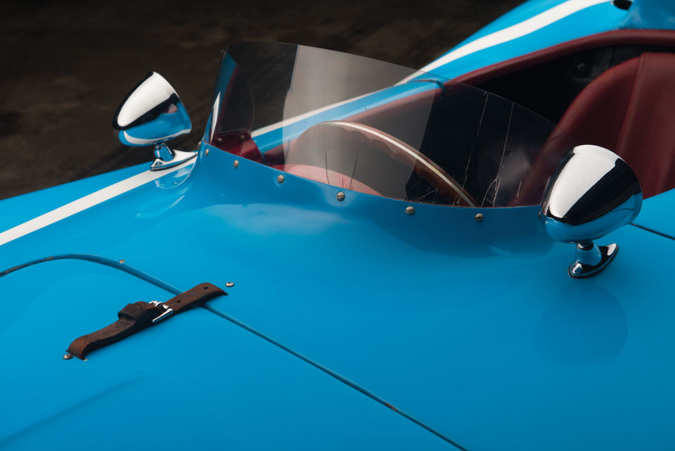 Clásico Ferrari 121 LM de 1955 simplemente magnífico