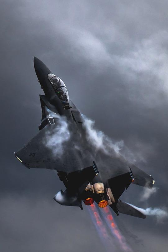Avión pal escuadrón