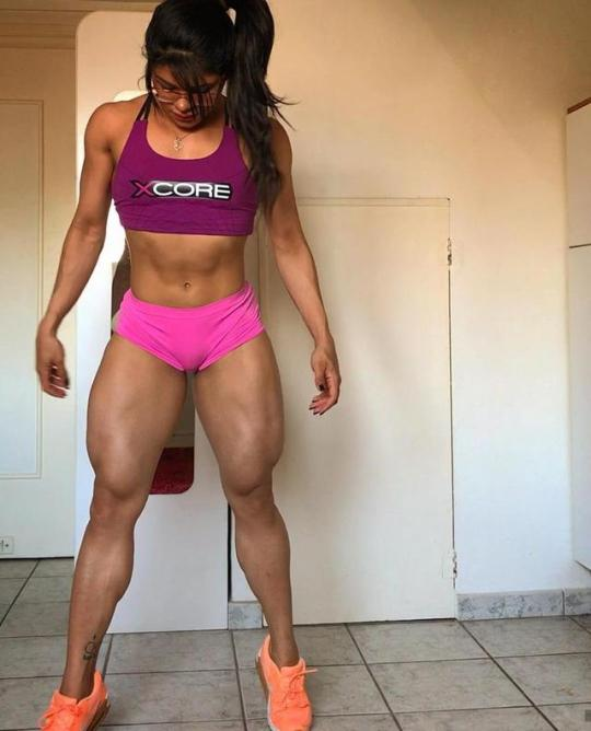 Motivación e inspiración con las chicas más hot del gym