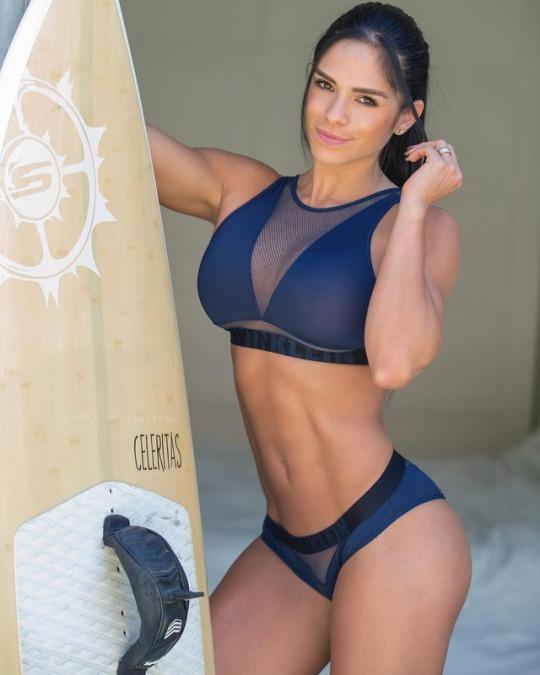 Motivación para el gym, con las más guapas del gimnasio