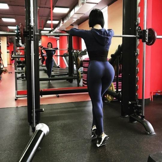Las chicas del fitness clase de twerk gerihoops - 4 1