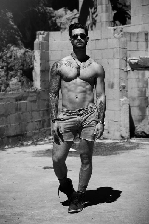 Hombres fitness para motivar e inspirar tu entrenamiento