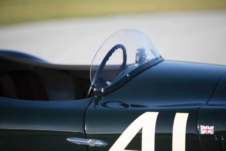Soberbio y único Jaguar C-Type de 1952