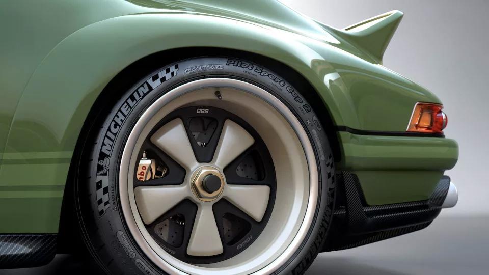 Clásico restaurado y modificado Porsche 964 de 1990