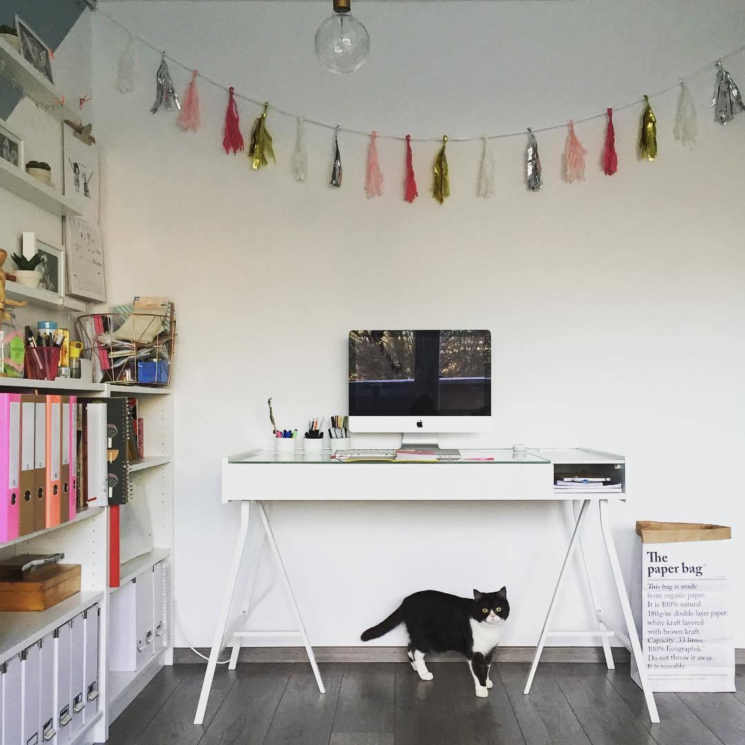 Tu oficina en casa se podr a ver as 110 dise o de for Diseno de oficinas en casa