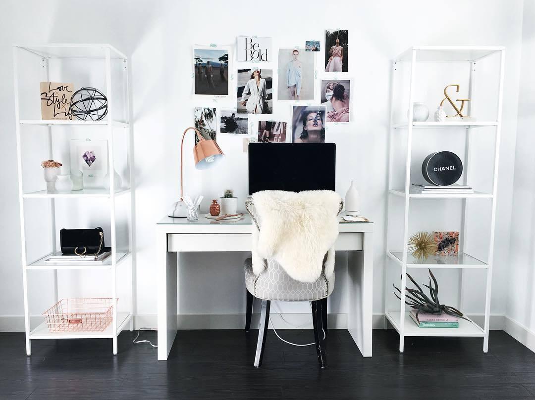 Dise o y decoraci n de oficinas en casa 111 el124 for Deco oficina