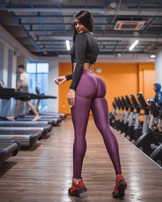 Aston Martin Dbs >> Los cuerpos perfectos de gimnasio se ven así - El124